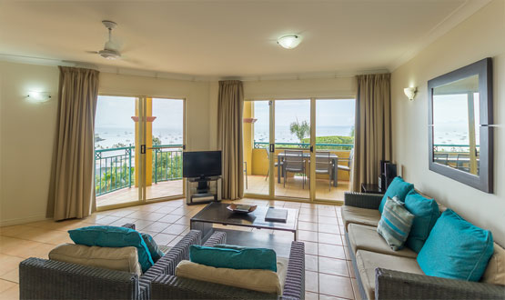 airlie beach apartments 2 bedroom