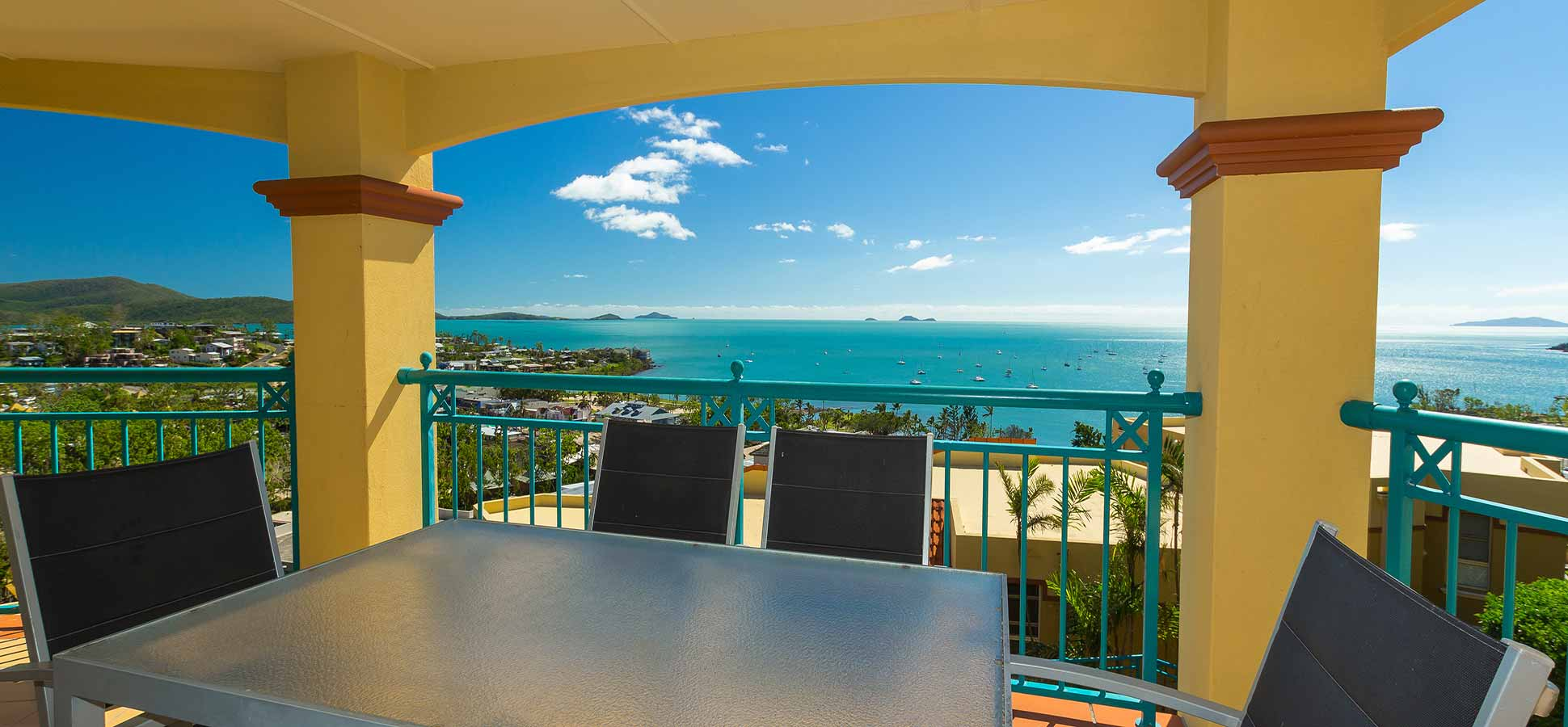 three bedroom airlie beach accommodation
